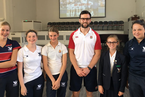 England 7's coach inspires SES students