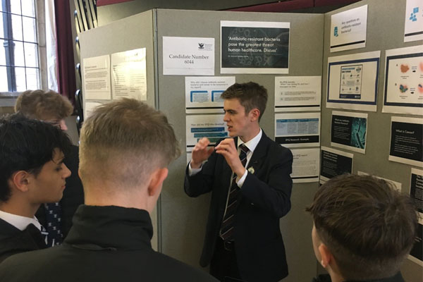 Students inspire at EPQ Presentation Fair