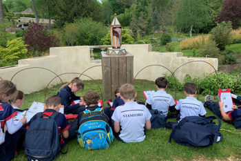 Year 5 explore Burghley Park